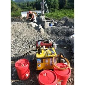路基扩建采石场采石分裂机开石机