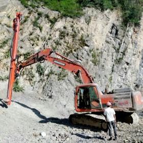 四川挖改液压凿岩机,挖改钻机,工程钻机,重庆亿山工程机械