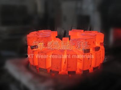高铬复合锤头 锤式破碎机 矿山配件 单段 锤头 破碎机配件 锤头