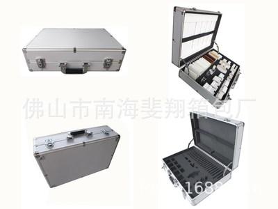 工厂定做铝合金包装箱色卡箱石材样品箱门窗料头箱门窗样品展示箱