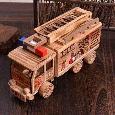 厂家直销 创意木制消防车木制车辆模型 木制雕刻玩具批发