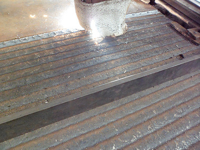 辽宁盘锦复合耐磨钢板8+4  8+8     堆焊复合耐磨板 6+6 6+4