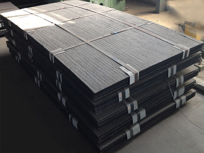 碳化铬复合耐磨钢板   堆焊耐磨钢板    双金属复层耐磨钢板