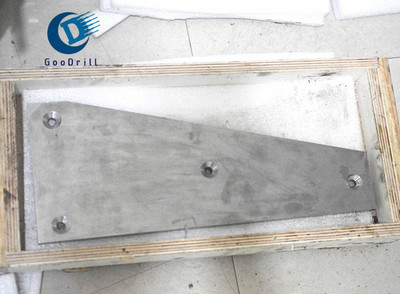 耐磨带孔硬质合金衬板 带孔钨钢合金板 高强度硬质合金破碎衬板