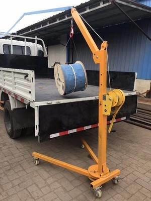 移动便携式可折叠手推起吊机车载家用手动起重吊机手摇小型起吊机