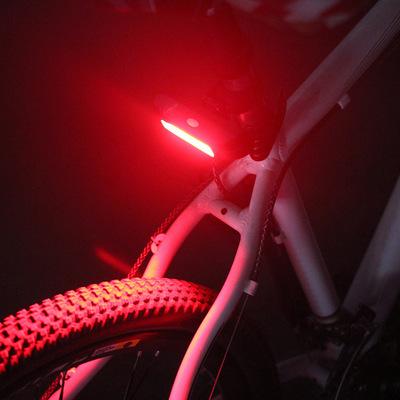 高亮彩色自行车尾灯警示安全尾灯防水单车夜骑灯骑行装备厂家直销