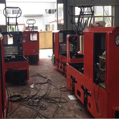 露天矿用电机车    架线式工矿电机车    架线式变频电机车厂家